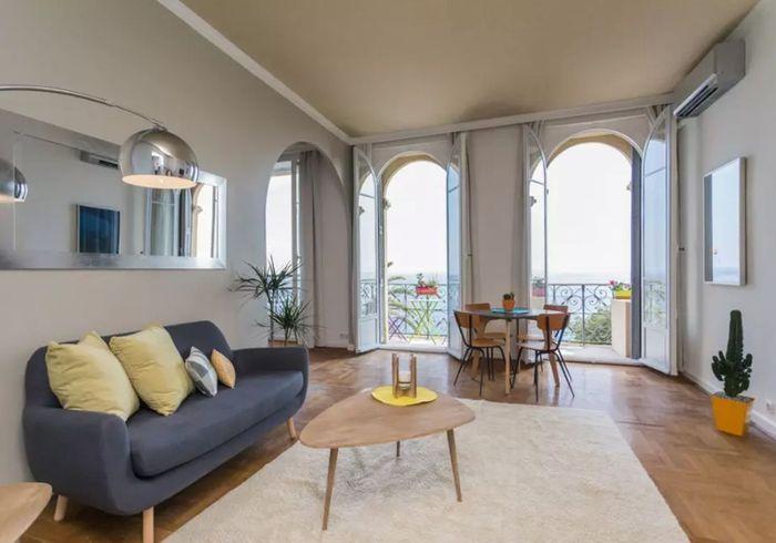 Airbnb nice 30 appartements villas et duplex de r ve for Deco appartement location