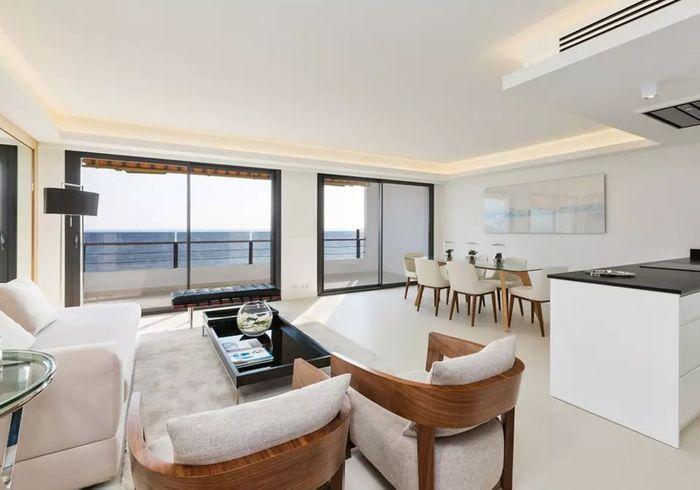 Appartement luxueux avec vue sur mer à Nice