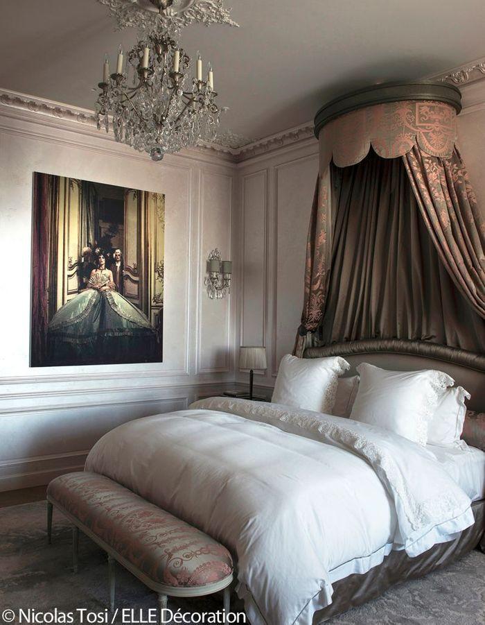"""Hôtel de Crillon : la chambre """"inspiration Marie-Antoinette"""""""