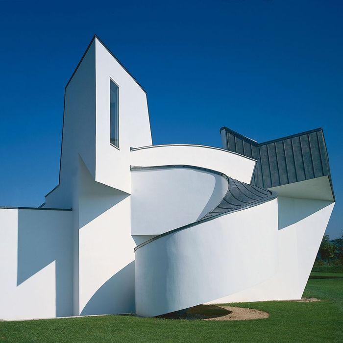 Vitra Design Museum - 1989