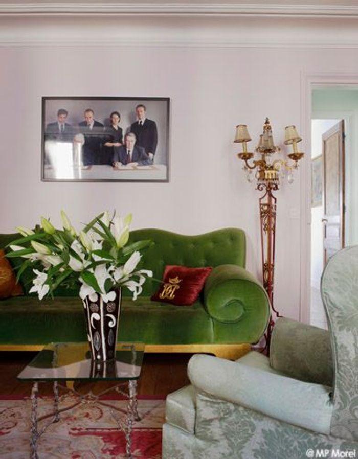 deco annee 90 affordable deco salle pas cher with deco annee 90 trendy tout cela devait. Black Bedroom Furniture Sets. Home Design Ideas