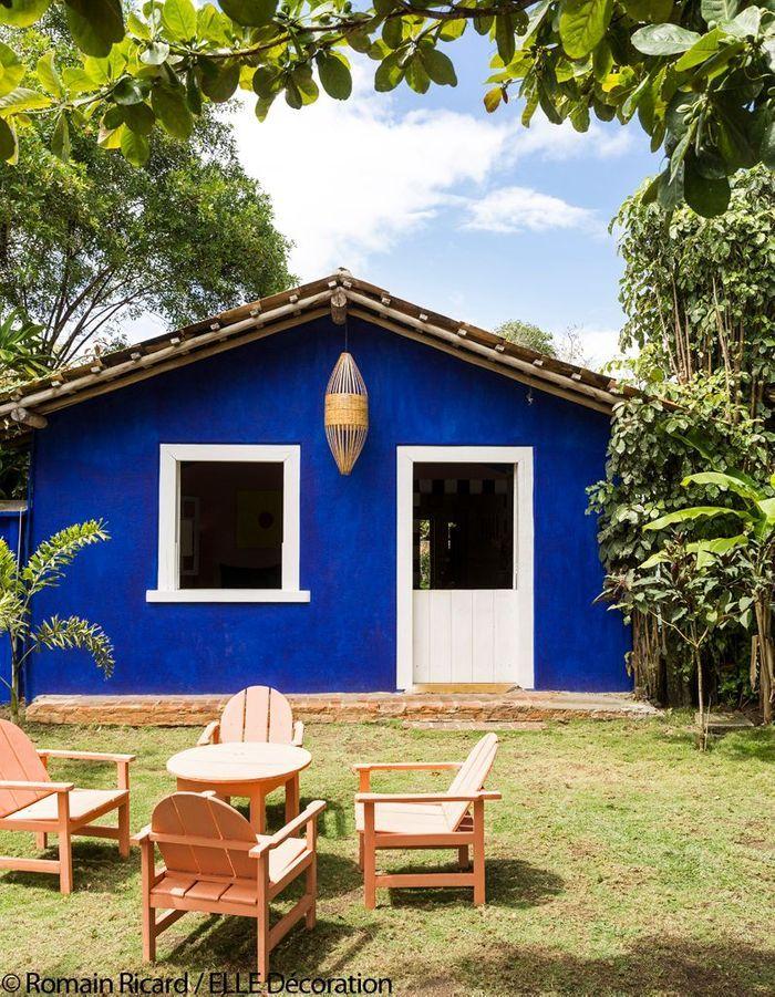 Une ancienne maison de p cheur haute en couleurs elle for Site deco maison en ligne
