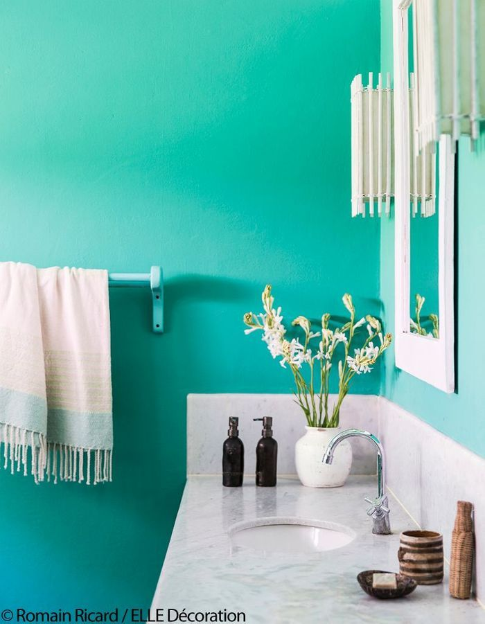 Salle de bains vert lagon