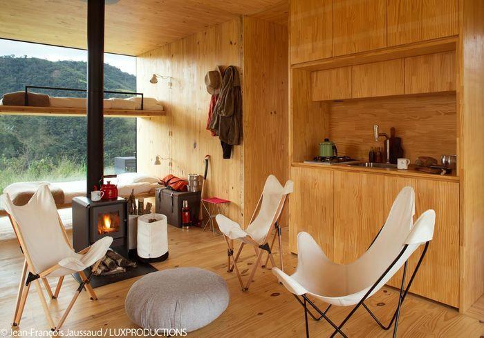 une cabane colo en plein c ur de la nature br silienne elle d coration. Black Bedroom Furniture Sets. Home Design Ideas