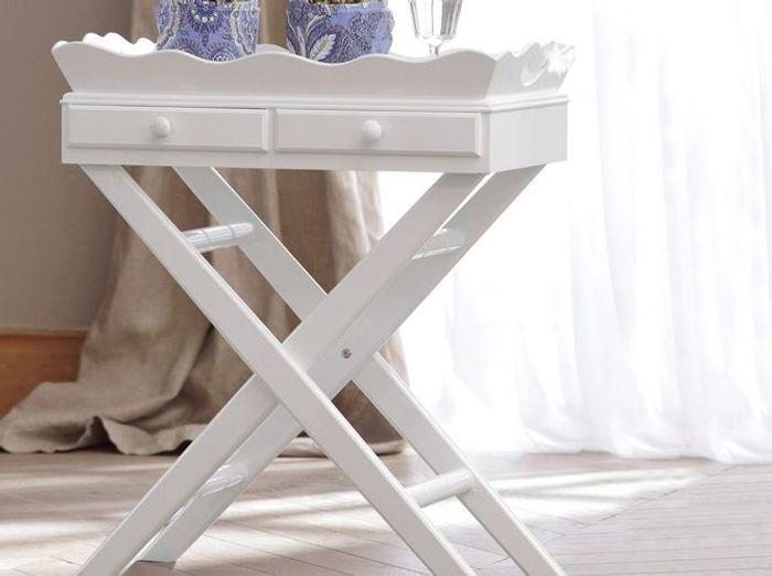 Une chambre au style gustavien elle d coration - Petit meuble pour chambre ...