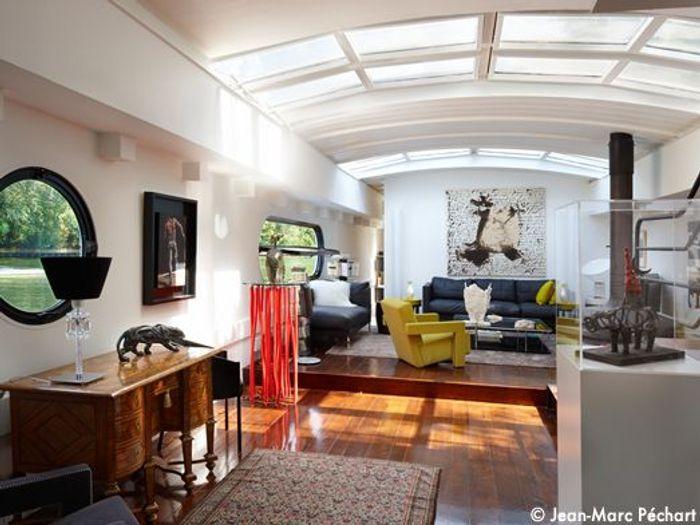 Visite d une p niche comme une maison elle d coration - Amenager une peniche en habitation ...