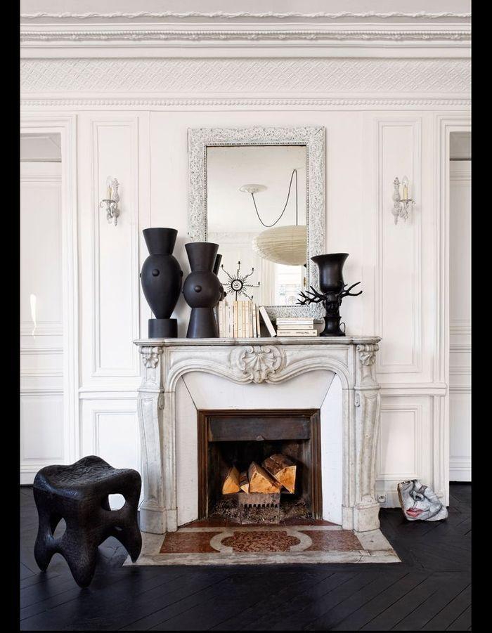 visite un appartement haussmannien relook en noir et blanc elle d coration. Black Bedroom Furniture Sets. Home Design Ideas