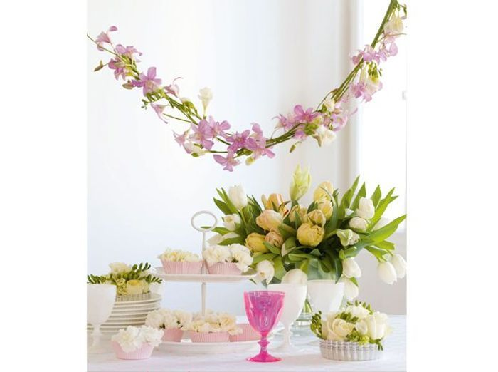 Fleurs mariage buffet romantique