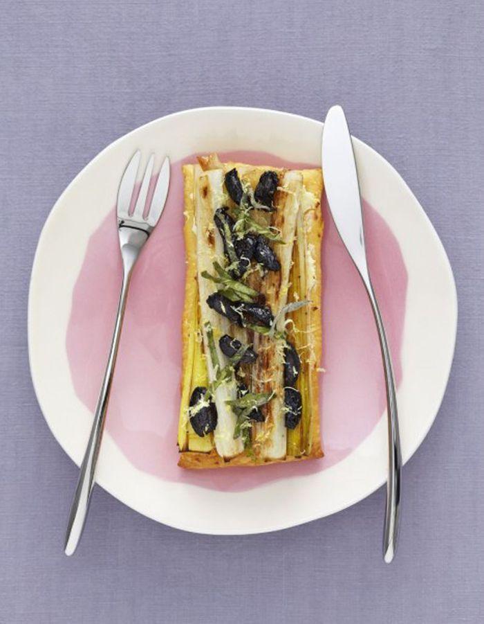 Tarte l g re aux poireaux 50 d licieuses recettes v g tariennes qui donnent envie de s 39 y - Tarte aux poireaux legere ...
