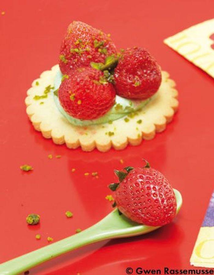Tartelettes aux fraises effervescentes cuisine - Cuisine moleculaire bruxelles ...