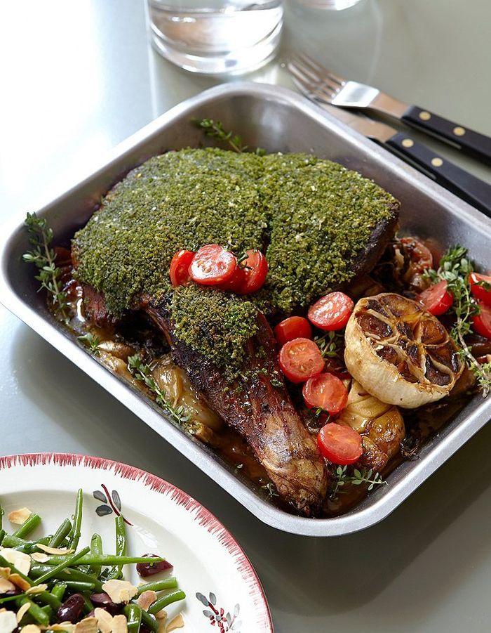 Epaule d agneau confite de la maison plisson cuisiner beau et bon comme delphine plisson - Cuisiner epaule d agneau ...
