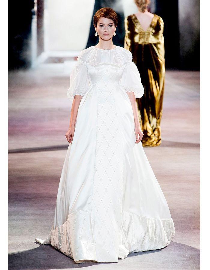 Ulyana sergeenko haute couture nos 15 mari es for Prix de robe de mariage en or georges chakra