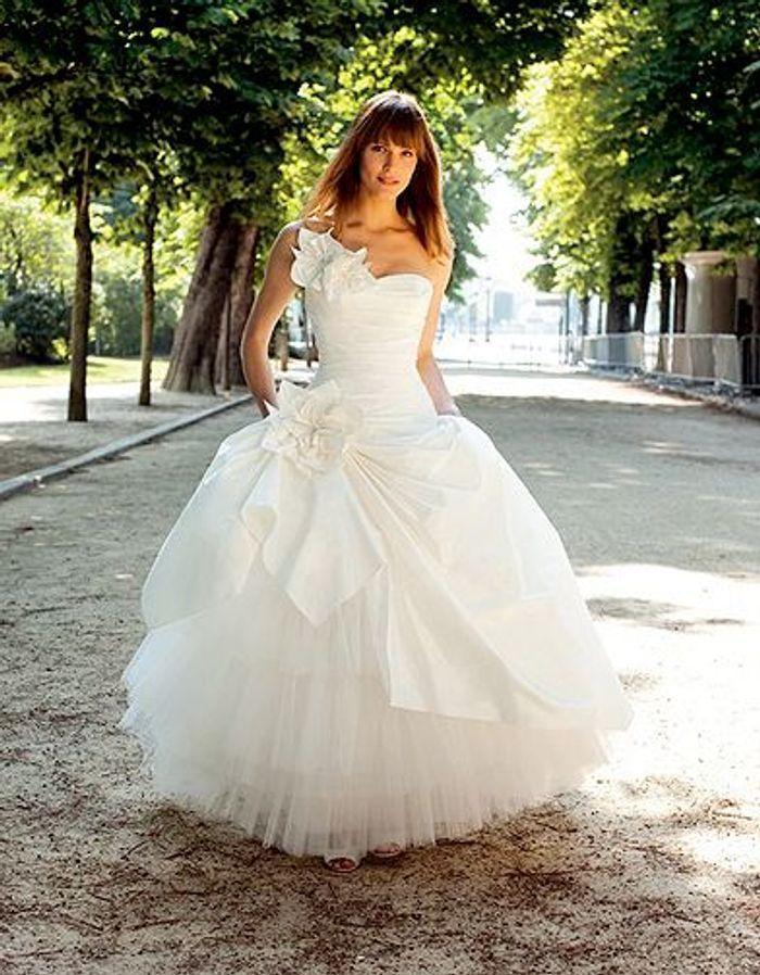 mode tendance shopping mariage robe mariee ecosse robe de mariage elle. Black Bedroom Furniture Sets. Home Design Ideas
