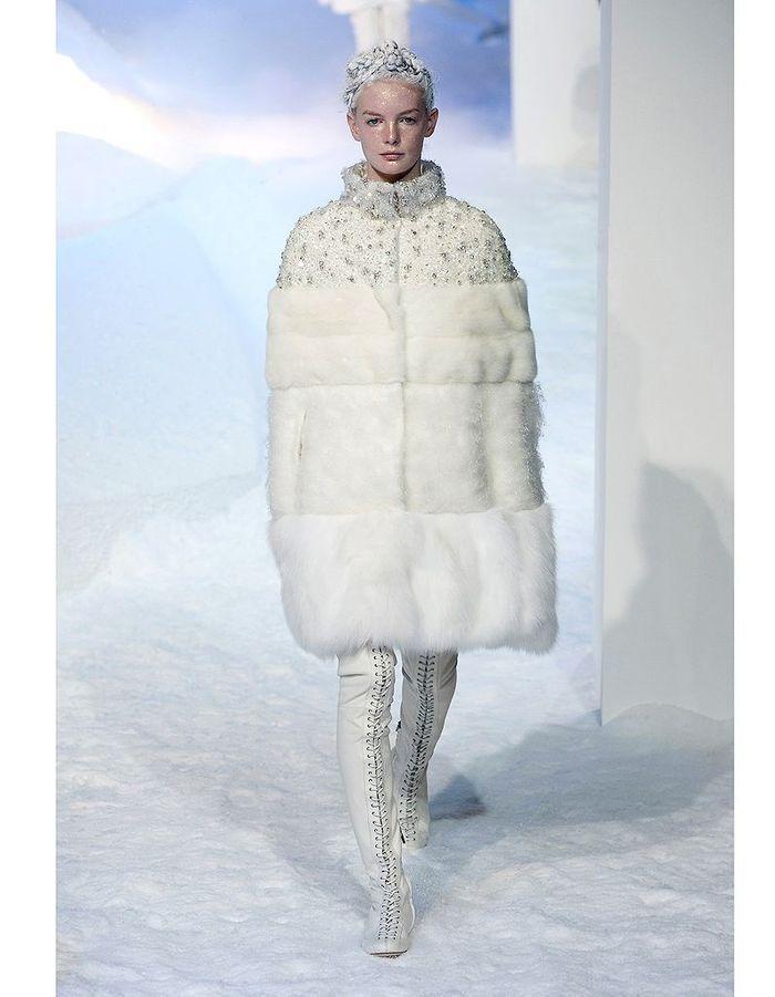 La reine des glaces de moncler robes de mari e 30 - Robe reine des glaces ...