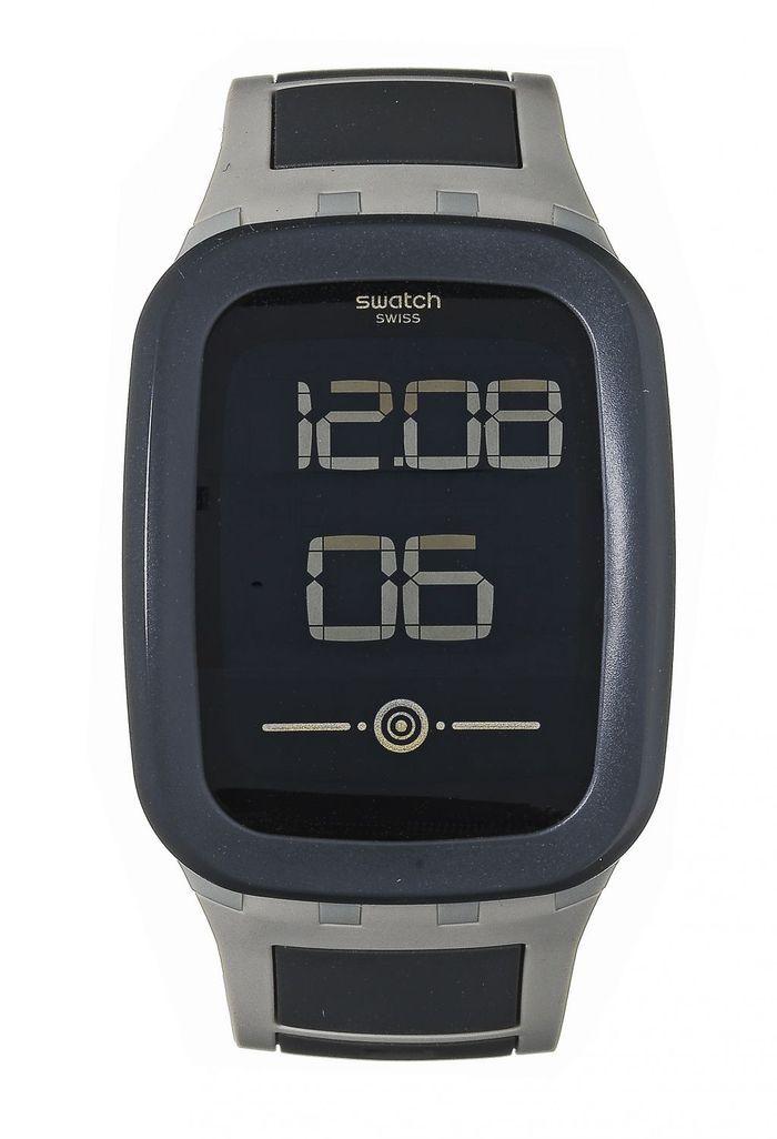 montre connect e swatch 10 montres connect es qui remettent les pendules l 39 heure elle. Black Bedroom Furniture Sets. Home Design Ideas