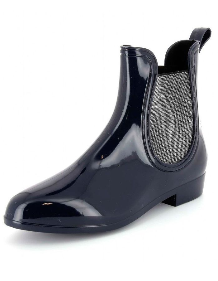 bottes de pluie kiabi bottes de pluie des mod les comme s il en pleuvait elle. Black Bedroom Furniture Sets. Home Design Ideas
