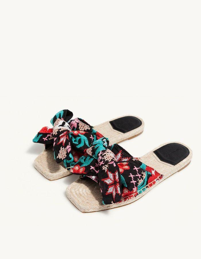 Sandales à noeud Stradivarius
