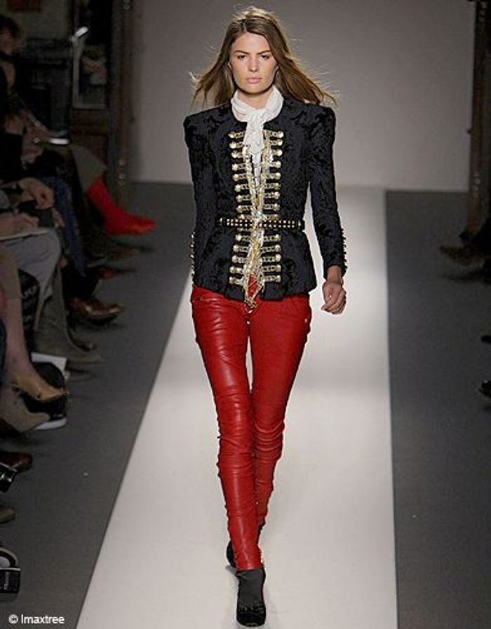 Diapositives En Cuir Logo Balmain