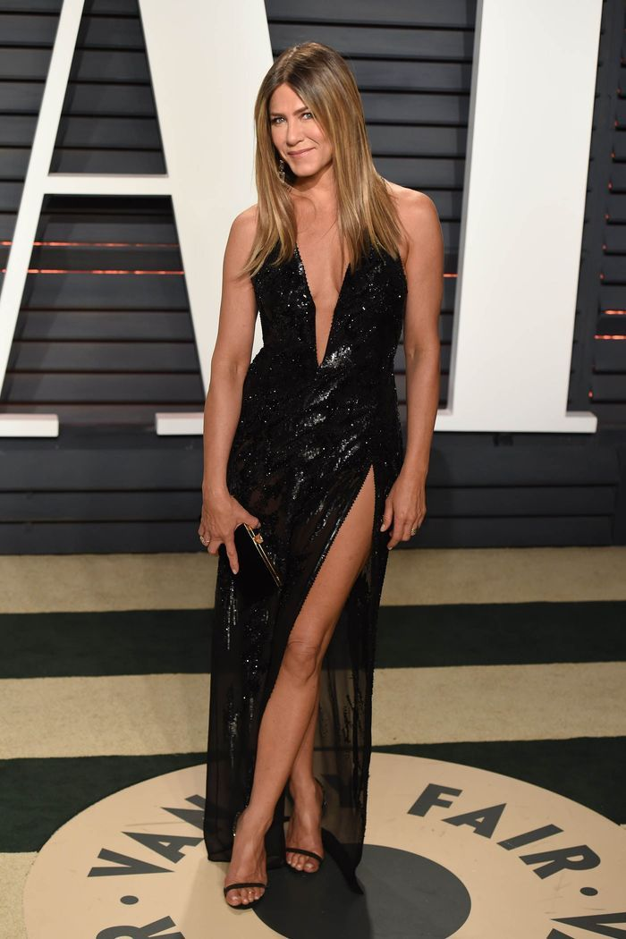 La robe fendue de Jennifer Aniston