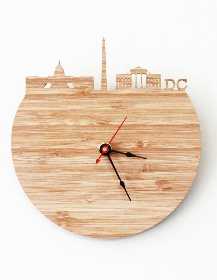 horloge en bois et bambou 25 cadeaux faits main et vraiment cool d nich s sur le web elle. Black Bedroom Furniture Sets. Home Design Ideas
