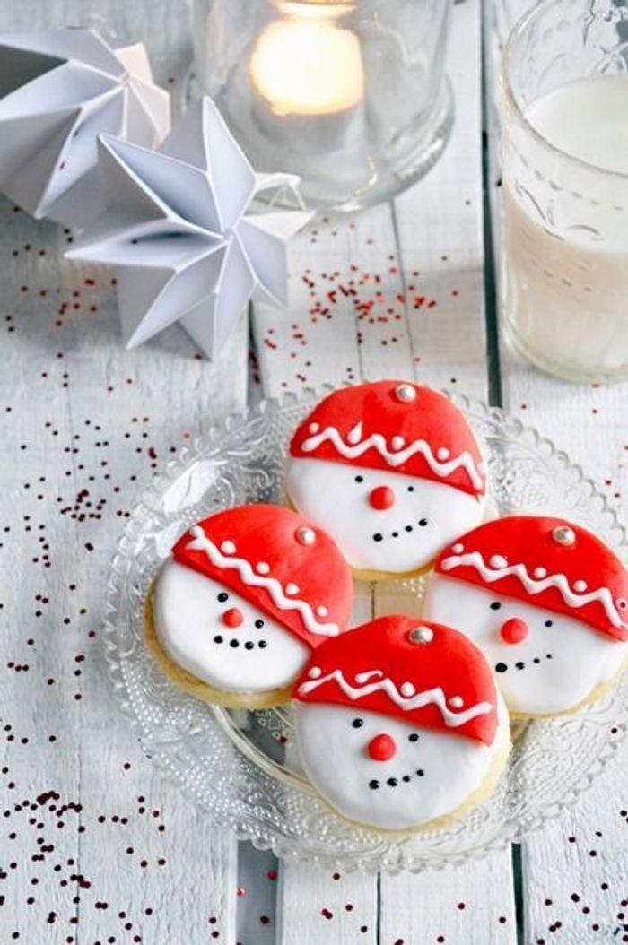 Christmas cake sabl s bonhomme de neige christmas cake l autre g teau de no l elle - Pinterest bonhomme de neige ...