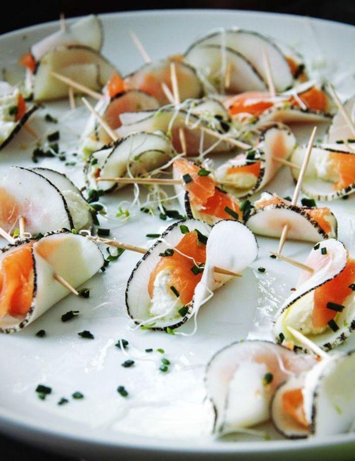 Chips de radis noir marin ricotta et saumon no l 20 for Pinterest cuisine noel