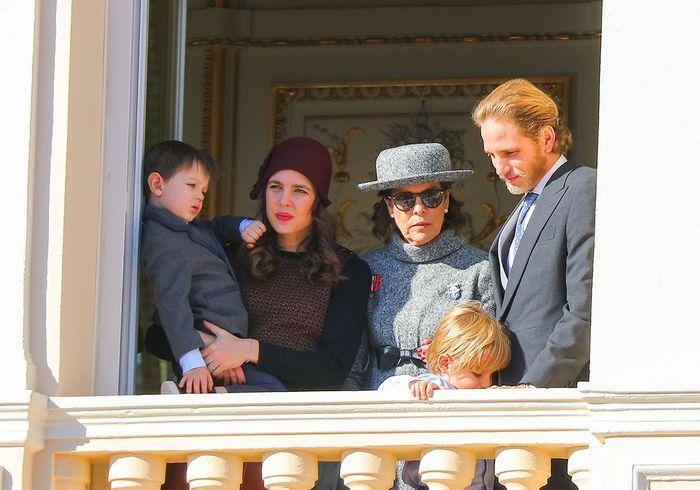 Raphaël, Charlotte, Caroline de Monaco, Andrea et son fils Sasha