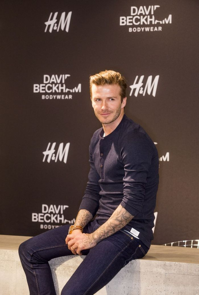 h m comment david beckham est devenu l homme le plus sexy au monde elle. Black Bedroom Furniture Sets. Home Design Ideas