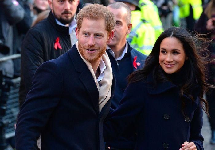 Premier bain de foule pour Harry et Meghan à Londres !