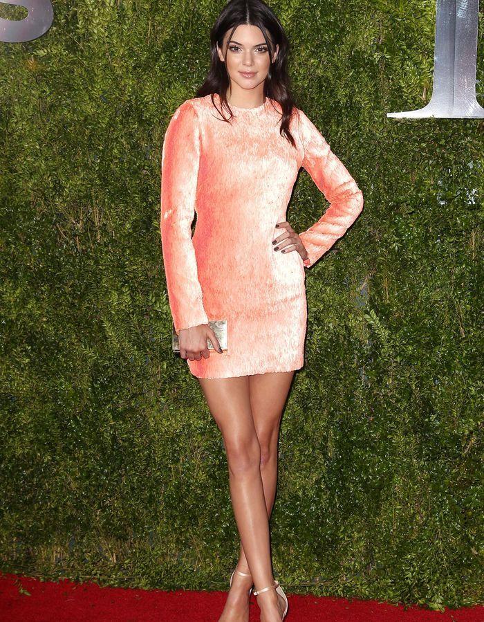 Tony Awards 2015 : les plus belles robes sur tapis rouge ... Carey Mulligan 2016