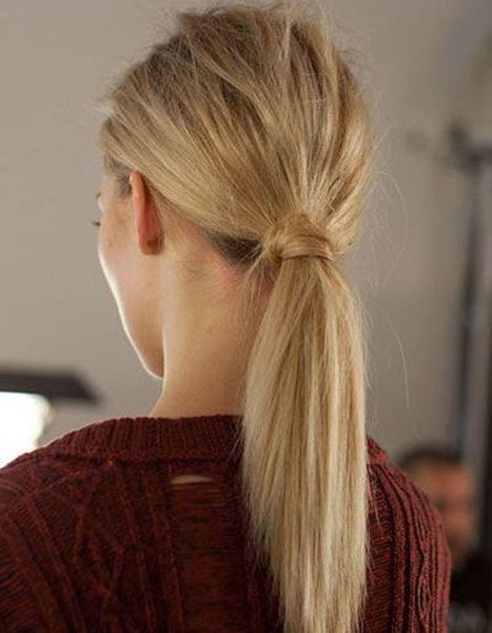 La queue-de-cheval nature - 20 coiffures u00e0 faire entre deux shampoings - Elle