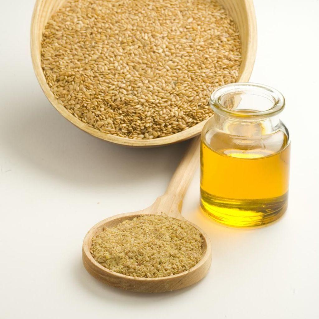 Huile de lin : le point sur l'huile de lin bonne pour la santé. - Elle à  Table