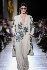Défilé Elie Saab Haute Couture printemps-été 2019