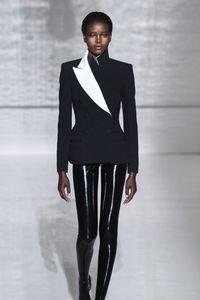 Défilé Givenchy Haute Couture printemps-été 2019
