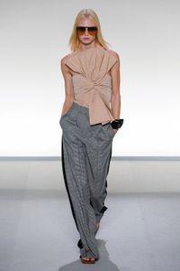 Défilé Givenchy Prêt à porter Printemps-été 2020