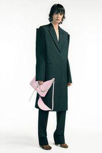 Défilé Givenchy Prêt à porter Printemps-été 2021