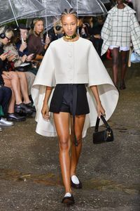 Défilé Lanvin Prêt à porter Printemps-été 2020