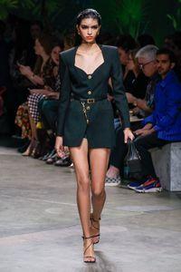 Défilé Versace Prêt à porter Printemps-été 2020