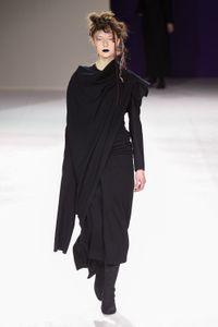 Défilé Yohji Yamamoto Prêt à porter Automne-Hiver 2019-2020