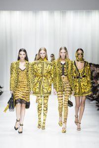 Défilé Versace Prêt à porter Printemps-Été 2018