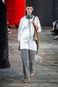 Défilé Loewe Prêt à porter printemps-été 2019