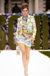 Défilé Moschino Prêt à porter printemps-été 2022