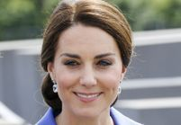 Kate Middleton raffole de cet accessoire cheveux qu'on trouvait ringard