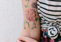 15 idées de tatouages pivoine pour avoir sa fleur préférée dans la peau