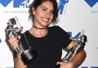 Beauty shaming : Alessia Cara se démaquille sur la scène des MTV VMA