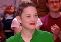Marion Cotillard dans Quotidien : pourquoi il faut absolument copier son look beauté pour l'été ?
