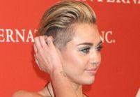 Miley Cyrus fait tout pour retrouver ses cheveux longs !