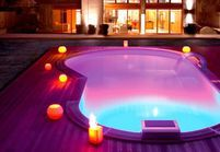 Eclairer sa piscine : 7 possibilités