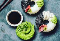 Le sushi donut, la nouvelle tendance hybride qui nous bluffe