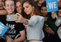 Découvrez le fond d'écran touchant de Selena Gomez